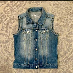GAP Button Front Cotton Denim Vest